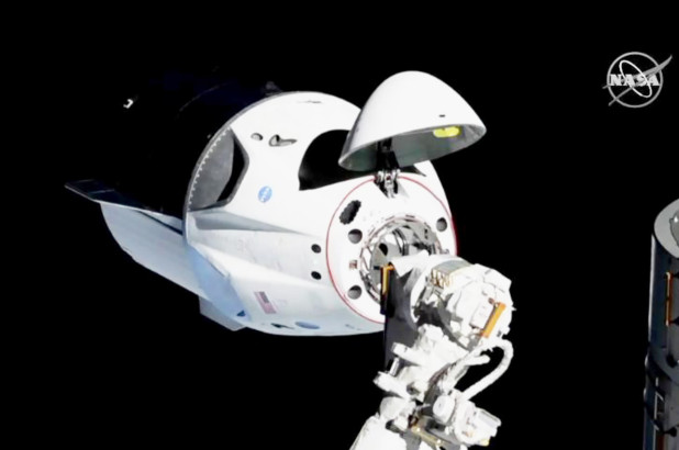 dragon spacex iss