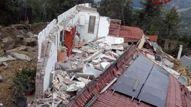 frana borgo tossignano casa crollata