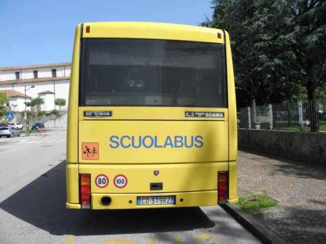 scuolabus ribaltato padova