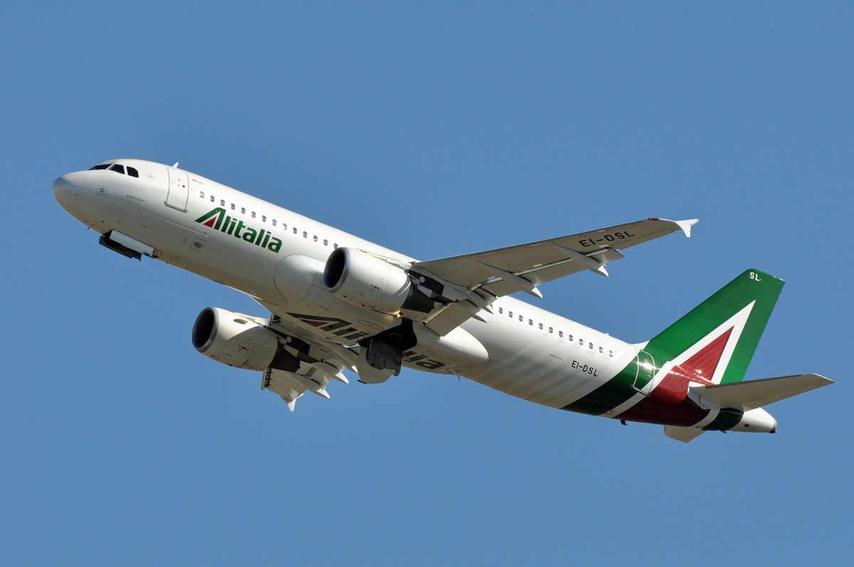 Corsa a quattro per il rilancio di Alitalia | WSI