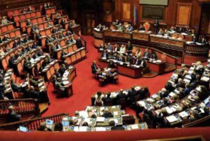 taglio parlamentari approvato senato m5s