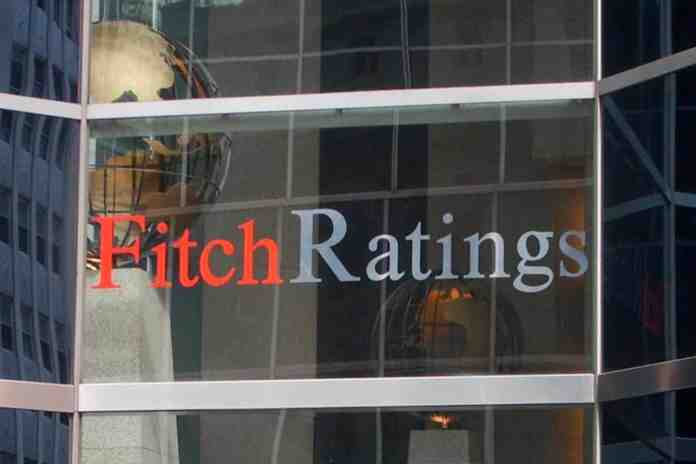 fitch rating italia bbb outlook