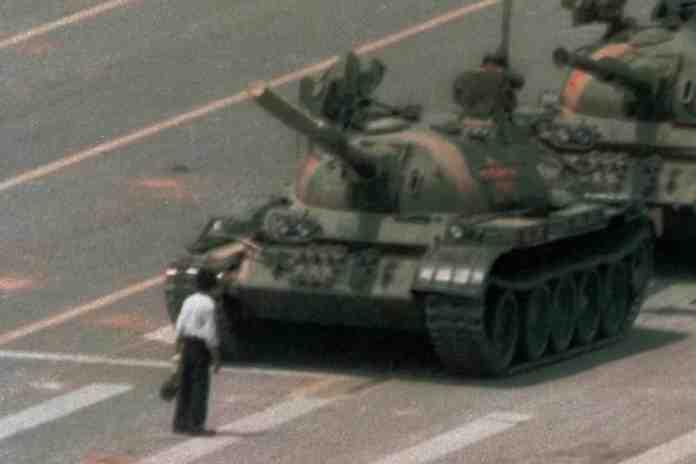 morto fotografo charlie cole piazza tienanmen