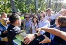 italia 5 stelle scontro raggi giornalisti
