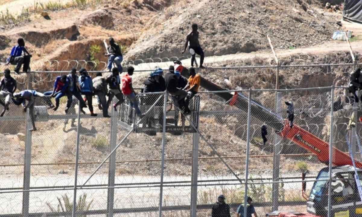 migranti ceuta governo spagna