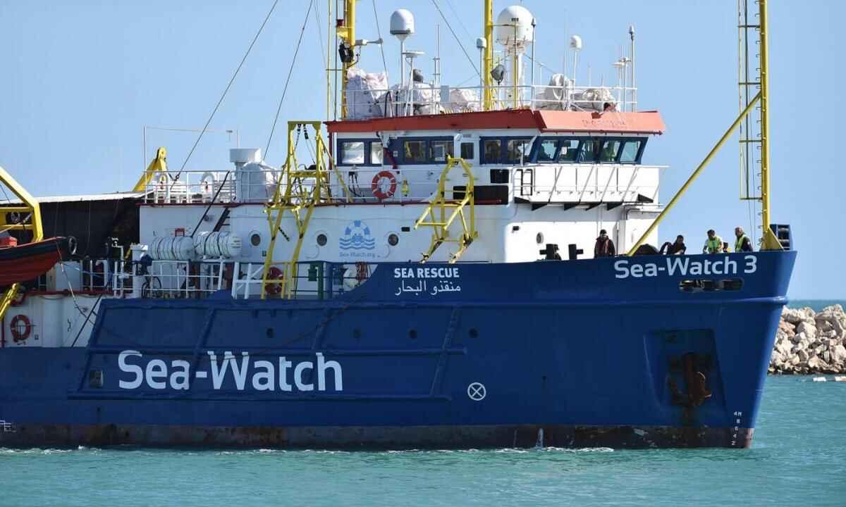 sea watch sbarco trapani